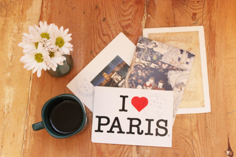 #Coffee #Flowers #Daisy #Postcards #Morning #Traveling #TravelMood #FreeToEdit